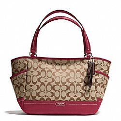 COACH PARK SIGNATURE CARRIE TOTE - ONE COLOR - F23297