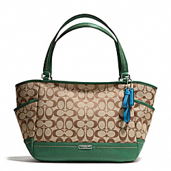 COACH PARK SIGNATURE CARRIE TOTE - SILVER/KHAKI/IVY - F23297
