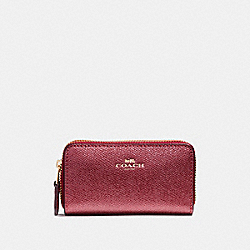 COACH SMALL DOUBLE ZIP COIN CASE - LIGHT GOLD/METALLIC CHERRY - F23750