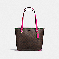 COACH ZIP TOP TOTE IN SIGNATURE COATED CANVAS - IMITATION GOLD/BROWN - F23867