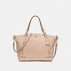 SMALL KELSEY SATCHEL WITH FLORAL TOOLING - NUDE PINK/LIGHT GOLD - COACH F24599