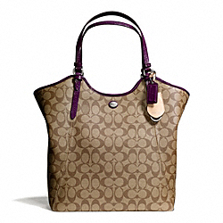 COACH PEYTON SIGNATURE TOTE - ONE COLOR - F24785