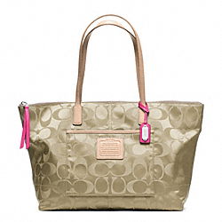 COACH WEEKEND EAST/WEST ZIP TOP TOTE IN SIGNATURE NYLON FABRIC - ONE COLOR - F24862
