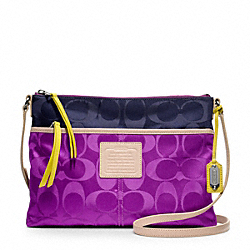 COACH WEEKEND SIGNATURE COLORBLOCK NYLON HIPPIE - SILVER/VIOLET/NAVY - F24864