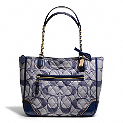 COACH POPPY QUILTED SIGNATURE C DENIM SMALL CHAIN TOTE - ONE COLOR - F25063