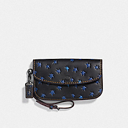 CLUTCH WITH STAR PRINT - BP/BLACK - COACH F25535