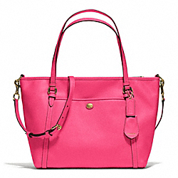 PEYTON POCKET TOTE IN LEATHER - f25667 - BRASS/POMEGRANATE