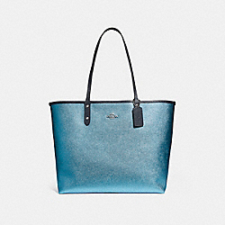 COACH REVERSIBLE CITY TOTE IN SIGNATURE AND METALLIC CANVAS - DENIM/METALLIC POOL/SILVER - F25849