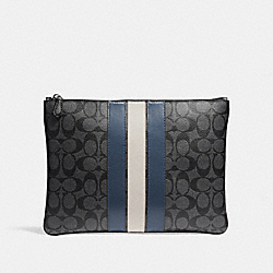 LARGE POUCH IN SIGNATURE CANVAS WITH VARSITY STRIPE - MIDNIGHT NVY/DENIM/CHALK - COACH F26071