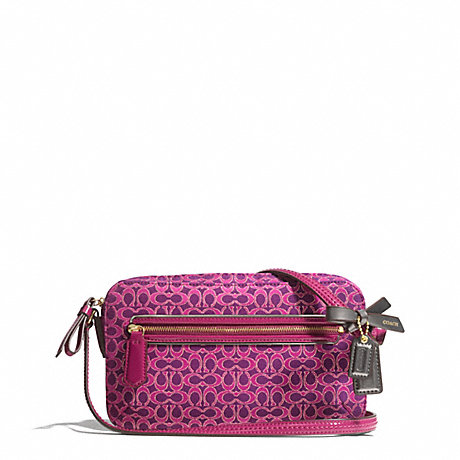 COACH f26424 POPPY SIGNATURE C METALLIC OUTLINE FLIGHT BAG BRASS/MAGENTA/MAGENTA