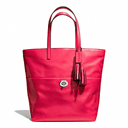TURNLOCK TOTE IN LEATHER - f26461 - SILVER/PINK SCARLET