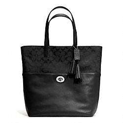 COACH SIGNATURE TURNLOCK TOTE - ONE COLOR - F26476