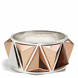 WIDE PYRAMID BANGLE COACH F26554