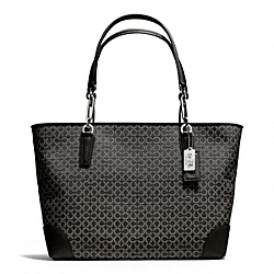 MADISON NEEDLEPOINT OP ART EAST/WEST TOTE - f26767 - SILVER/BLACK