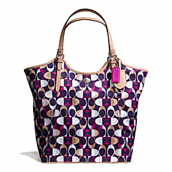 COACH PEYTON DREAM C PRINT TOTE - ONE COLOR - F26926