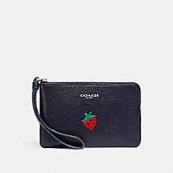 CORNER ZIP WRISTLET WITH STRAWBERRY - MULTICOLOR 1/SILVER - COACH F26940