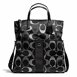COACH SIGNATURE MULTI STRIPE FOLDOVER TOTE - ONE COLOR - F28203