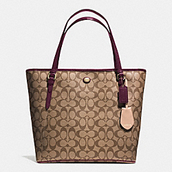 COACH PEYTON SIGNATURE ZIP TOP TOTE - IM/KHAKI/SHERRY - F28365