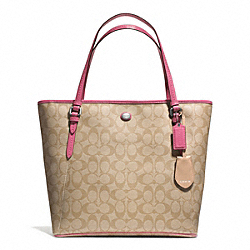 COACH PEYTON SIGNATURE ZIP TOP TOTE - SILVER/LT KHAKI/STRAWBERRY - F28365