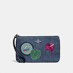 LARGE WRISTLET WITH BLUE HAWAII PATCHES - SVM64 - COACH F29372