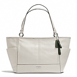 COACH PARK LEATHER CARRIE TOTE - SILVER/PARCHMENT - F29898