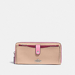 COACH MULTIFUNCTION WALLET IN COLORBLOCK - SILVER/PINK MULTI - F29940