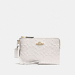 CORNER ZIP WRISTLET IN SIGNATURE LEATHER - CHALK/IMITATION GOLD - COACH F30049
