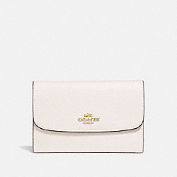 COACH MEDIUM ENVELOPE WALLET - CHALK/light gold - F30204