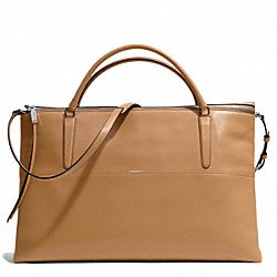 COACH THE WEEKEND BOROUGH BAG IN RETRO GLOVE TAN LEATHER - UE/CAMEL - F30379