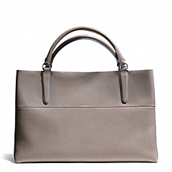COACH RETRO GLOVE TAN LEATHER EAST/WEST TOWN TOTE - UE/WARM GREY/BLUE OXFORD - F30381