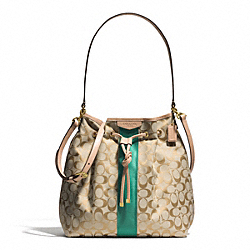 SIGNATURE STRIPE DRAWSTRING SHOULDER BAG - f30581 - BRASS/KHAKI/EMERALD