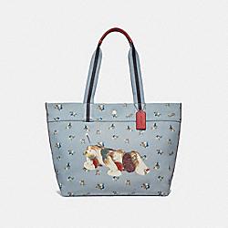 FISHER-PRICE DOG TOTE - PALE BLUE MULTI/SILVER - COACH F30631