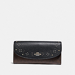 COACH SLIM ENVELOPE WALLET IN SIGNATURE CANVAS WITH RIVETS - BROWN BLACK/MULTI/LIGHT GOLD - F31604