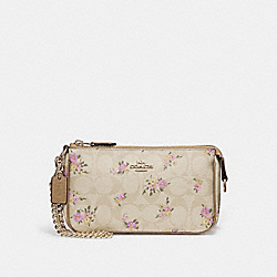 LARGE WRISTLET 19 IN SIGNATURE CANVAS WITH DAISY BUNDLE PRINT - LIGHT KHAKI/MULTI/IMITATION GOLD - COACH F31780
