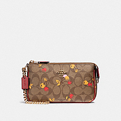 LARGE WRISTLET 19 IN SIGNATURE CANVAS WITH CHERRY PRINT - KHAKI MULTI /LIGHT GOLD - COACH F31898
