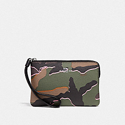 COACH CORNER ZIP WRISTLET WITH WILD CAMO PRINT - GREEN MULTI/SILVER - F32074