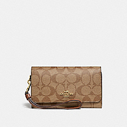 COACH FLAP PHONE WALLET IN SIGNATURE CANVAS - KHAKI/SADDLE 2/light gold - F32484