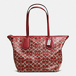 COACH COACH TAXI ZIP TOP TOTE IN SIGNATURE - SILVER/RED - F33504