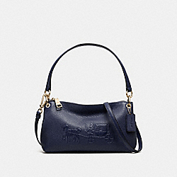 EMBOSSED HORSE AND CARRIAGE CHARLEY CROSSBODY IN PEBBLE LEATHER - f33521 - LIGHT GOLD/NAVY