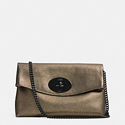 COACH TURNLOCK CLUTCH IN METALLIC LEATHER - VA/BRASS - F33527