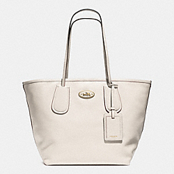 COACH TAXI TOTE 28 IN LEATHER - LIGHT GOLD/CHALK - COACH F33581