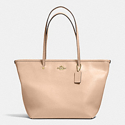 COACH STREET ZIP TOTE IN LEATHER - LIGHT GOLD/NUDE - F34103
