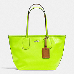 COACH C.O.A.C.H. TAXI ZIP TOP TOTE IN CROSSGRAIN LEATHER - SILVER/GLO LLIGHT GOLDE - F34406