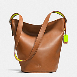 C.O.A.C.H. DUFFLE IN CALF LEATHER - GL/SADDLE GLO LLIGHT GOLDE - COACH F34407