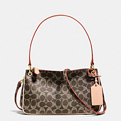 COACH CHARLEY CROSSBODY IN SIGNATURE - LIGHT GOLD/SADDLE/APRICOT - F34546