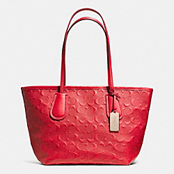 COACH COACH TAXI ZIP TOP TOTE 24 IN LOGO EMBOSSED LEATHER - LIGHT GOLD/RED - F34622