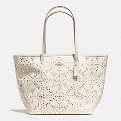 COACH LARGE STREET TOTE IN MINI STUDDED LEATHER - LIGHT GOLD/CHALK - F35163