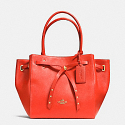 COACH TURNLOCK TIE SMALL TOTE IN REFINED PEBBLE LEATHER - LIE46 - F35838