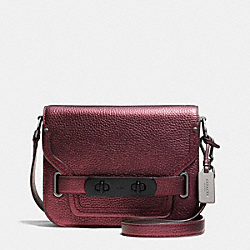 COACH COACH SWAGGER SMALL SHOULDER BAG IN METALLIC PEBBLE LEATHER - BLACK ANTIQUE NICKEL/METALLIC CHERRY - F35995