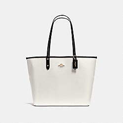 REVERSIBLE CITY TOTE IN COATED CANVAS - f36609 - IMITATION GOLD/BLACK/CHALK